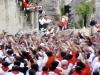 Tjurrusarna sjunger hyllningen till Pamplonas skyddshelgon San Fermín.