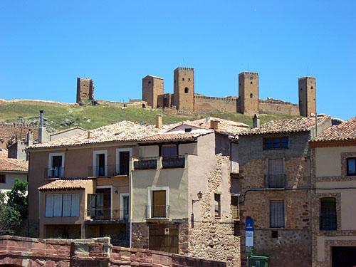 Den gamla borgen i Molina de Aragón